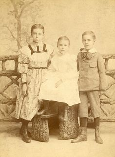 1894 Alice with sister, Helen and brother, William