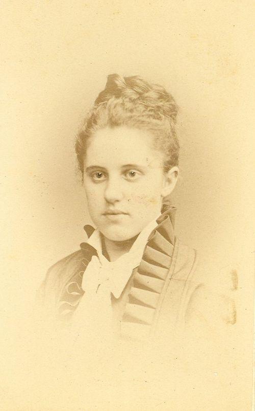 Tacie Parry Paul, Mother