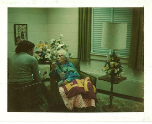 1976 Alice Paul with ERA quilt